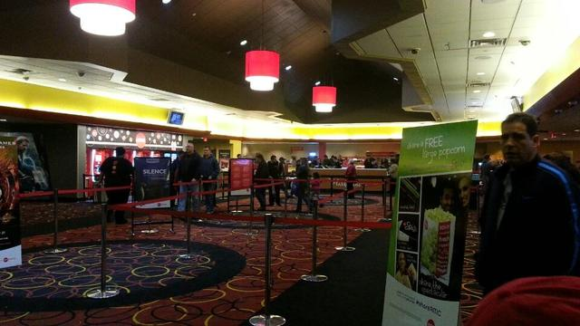 AMC Freehold Metroplex 14