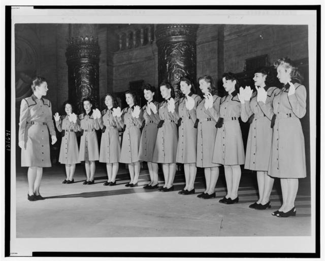 Roxy Usherettes 1945