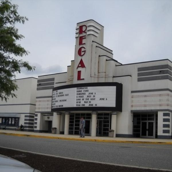Regal cinama 14 movie listings