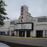 Regal Cumberland Mall Stadium 14