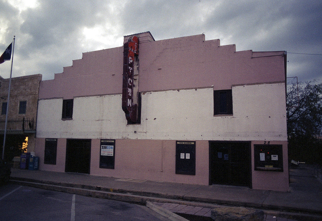 Uptown theater, Marble Falls, Tx