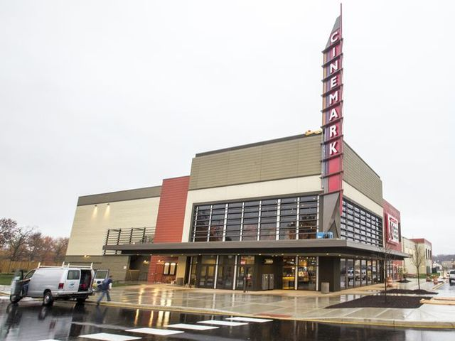 Cinemark Christiana and XD