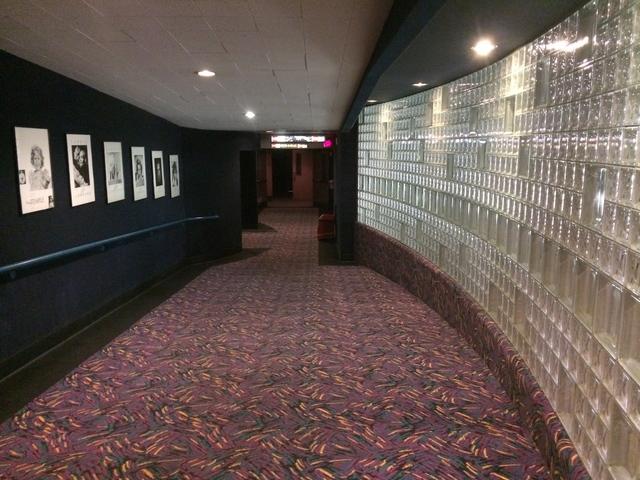 Hallway to 7 & 8