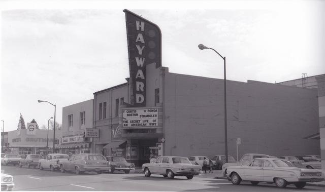 Hayward, exterior