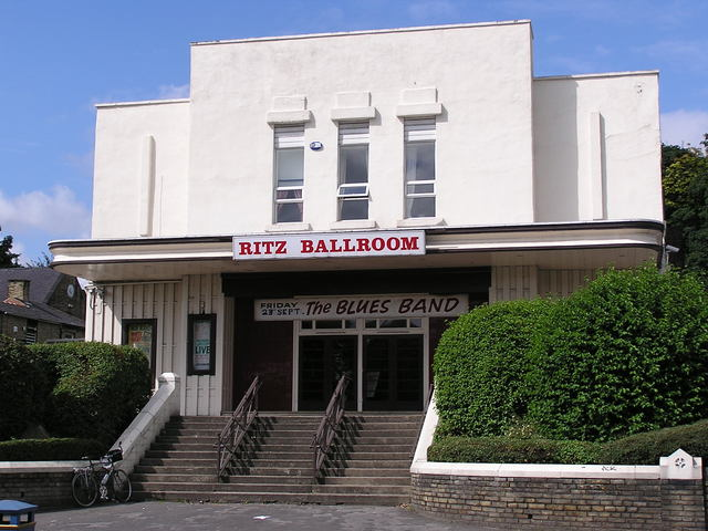 The Ritz Brighouse in August 2005