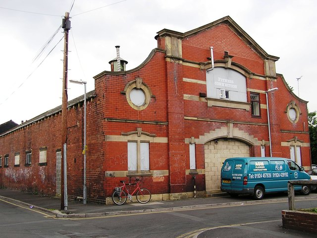 The Pavilion Ravensthorpe in June 2006