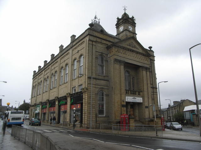 The Palladium [Town Hall] Elland in September 2010