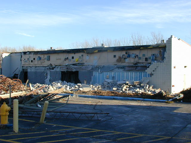GCC Lincoln Mall Being Razed.