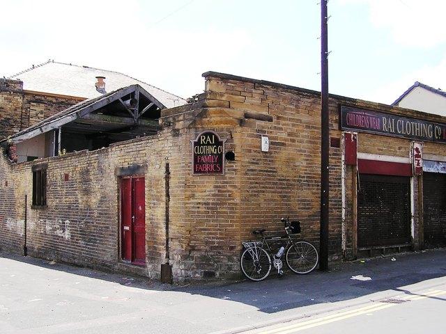 The Eleysian Bradford in June 2005