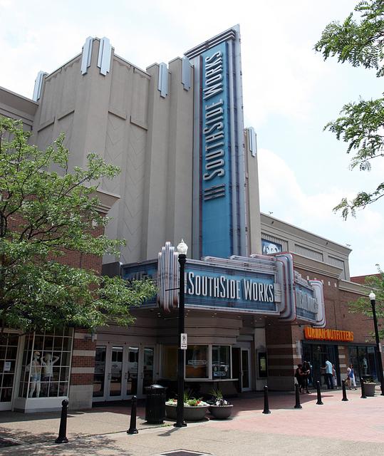 SouthSide Works Cinema, Pittsburgh, PA