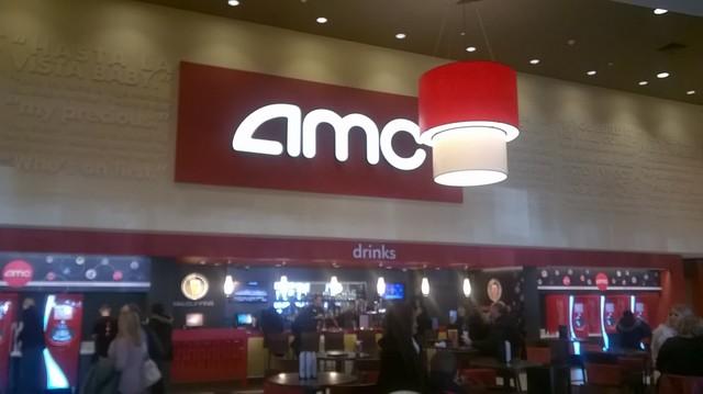 AMC Dine-In Yorktown 18