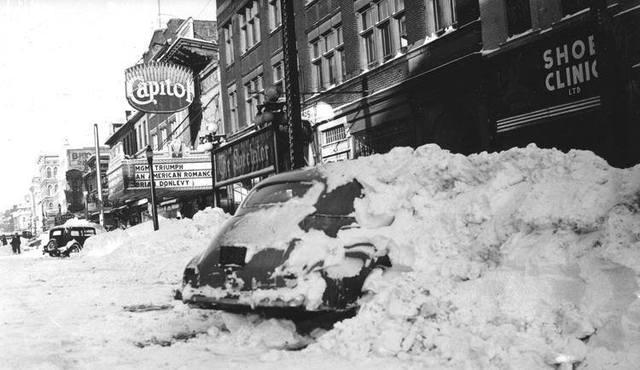 Circa 1944 photo courtesy of the Alte Bilder aus vergangenen Tagen für Autofans Facebook page.