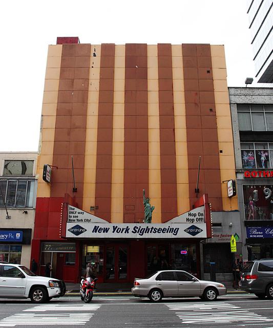 777 Theatre/Hollywood Twin Theatre, New York City, NY