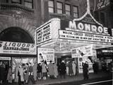 Wider shot of November 1954 photo courtesy of Mike Tuggle.