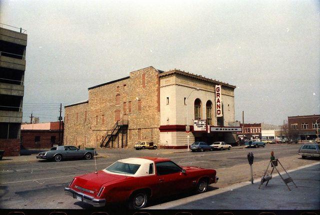 grand theater in topeka ks cinema treasures