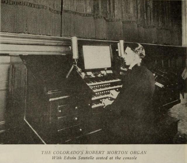 Organ Console, Colorado Theatre, Denver, 1922