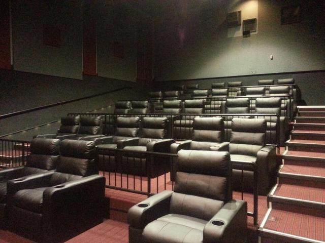 Showcase Cinema de Lux Broadway