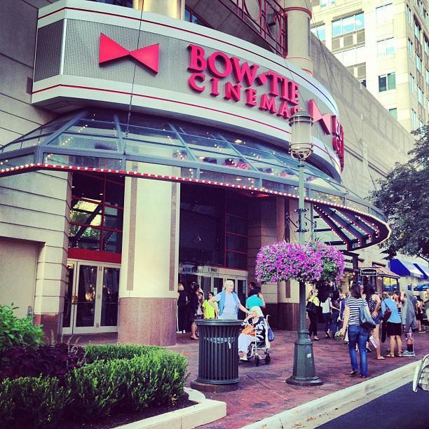bowtie cinemas reston town center 11 amp btx theater in