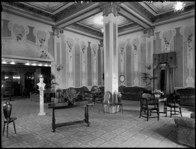 Capitol Theatre dress circle foyer with bust of Rudolph Valentino