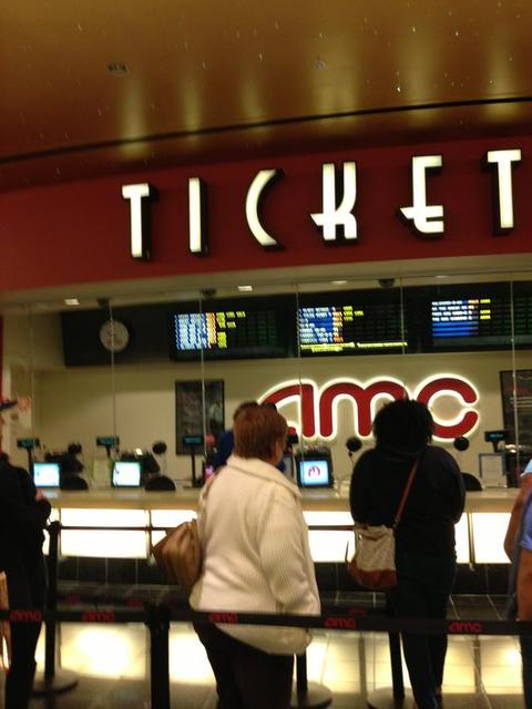 Amc Cupertino Square 16 In Cupertino Ca Cinema Treasures