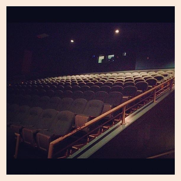 Showplace 12 Move Theater, Edwardsville, IL | Mapio.net