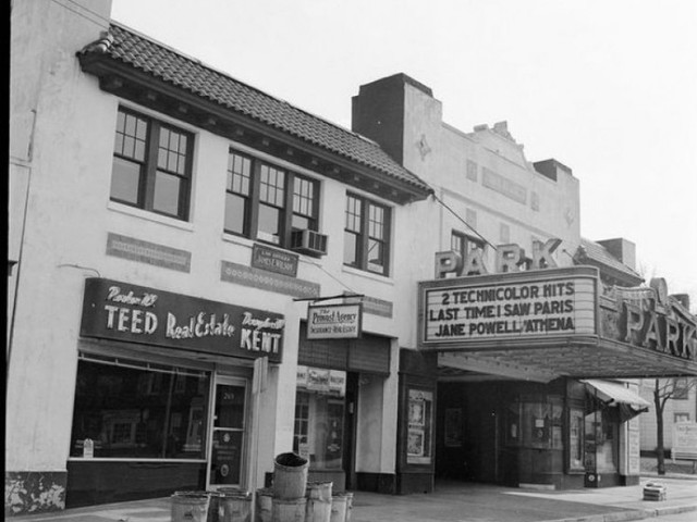 Park Theater in 1954