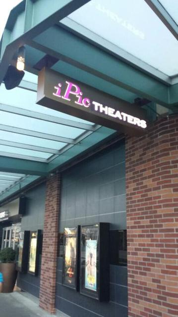 iPic Redmond Town Center