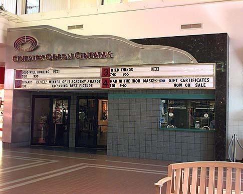 Smith Haven Mall theater 1997