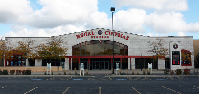 regal crystal lake showplace stadium 16 crystal lake il