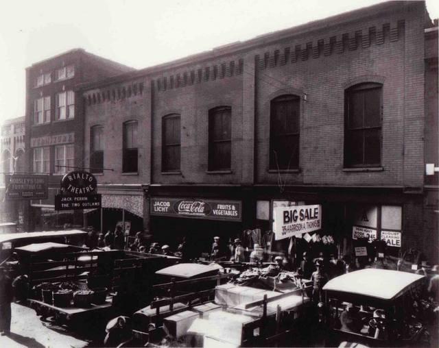 1928 photo of the Rialto Theatre.