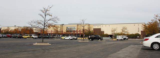 Regal Cantera Stadium 17 & RPX, Warrenville, IL