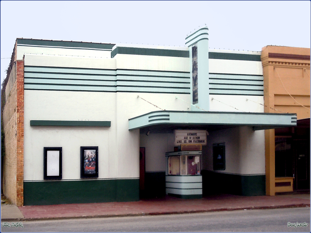 Raye Theater ... Hondo Texas