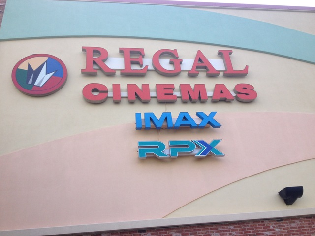 Regal Pinnacle Stadium 18 & IMAX