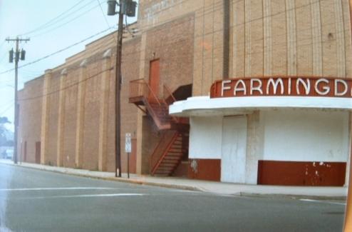 Farmingdale movie theather