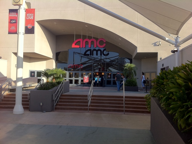 Fashion valley mall movies 40