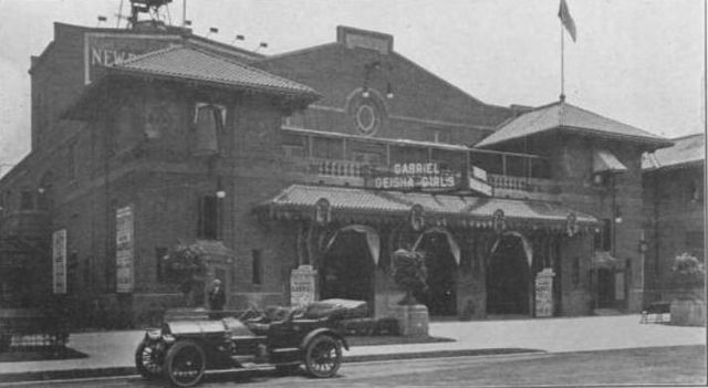 Front, Brighton Theatre, Brooklyn, 1910