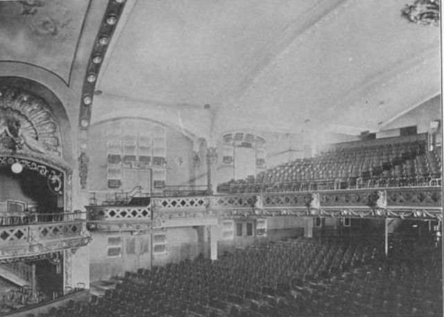 Auditorium, Brighton Theatre, Brooklyn, 1910