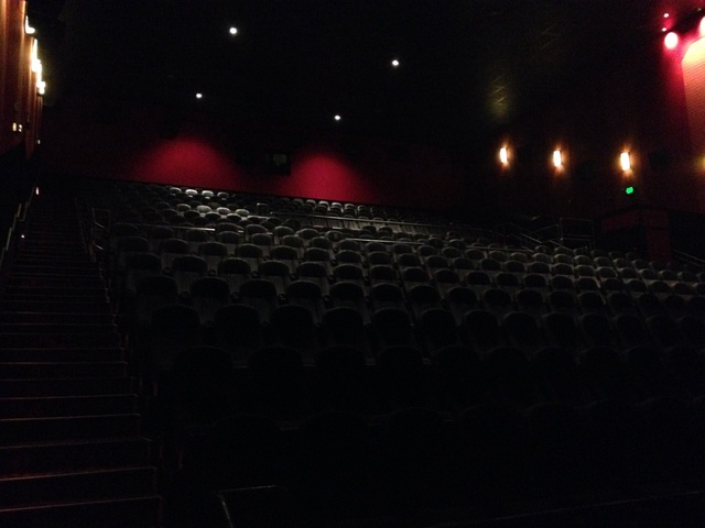 About Regal Cinema. Regal is one of the largest movie theater chains in the US with about 6, screens at some theaters in nearly 40 states.