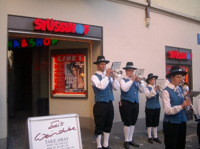 The band played on in Niederdorfstrasse