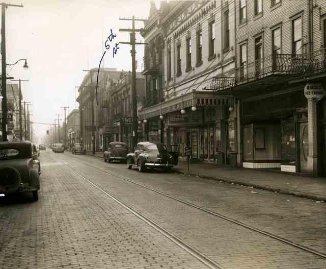 Menlo Theater, January 1942