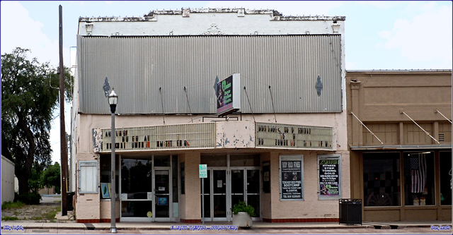 El Lasso Theatre ... Uvalde Texas