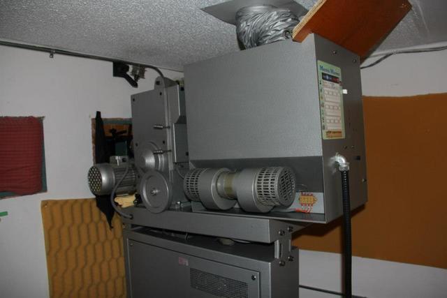 Star Cinema projection