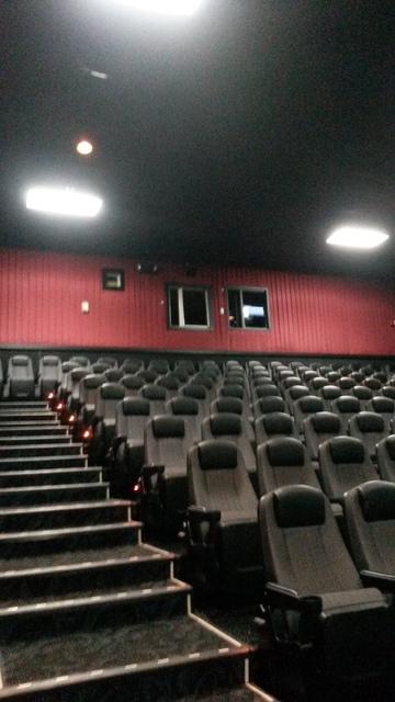 Regal Royal Palm Beach 18- Auditorium 17