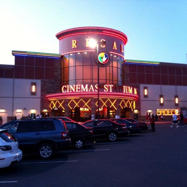 Movie theater everett