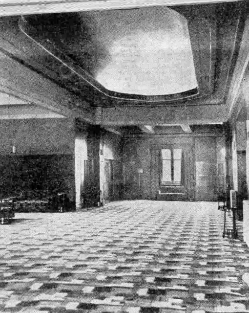 Astoria circle foyer