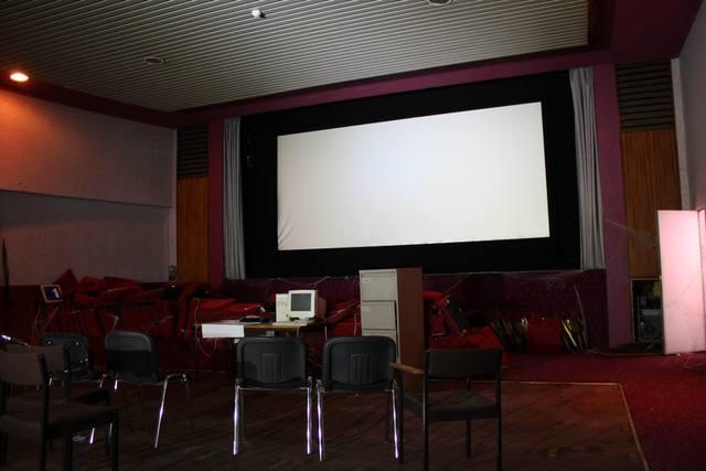 Cecil Screen 2
