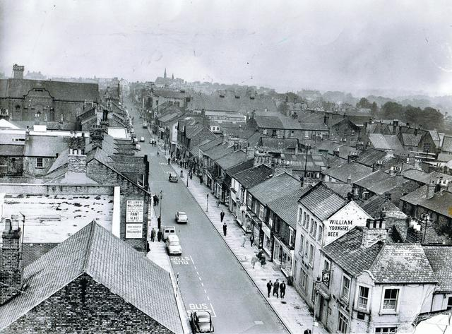 Newgate Street with the Eden and Kings visible.