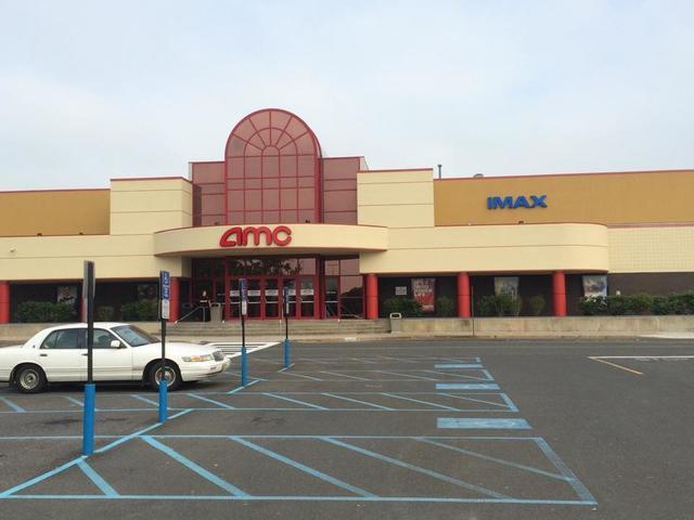 amc monmouth mall 15 in eatontown nj cinema treasures