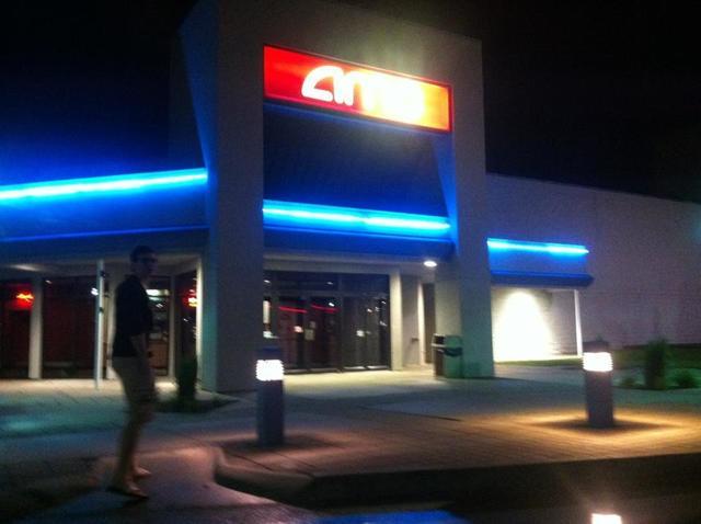 AMC Showplace Springfield 8