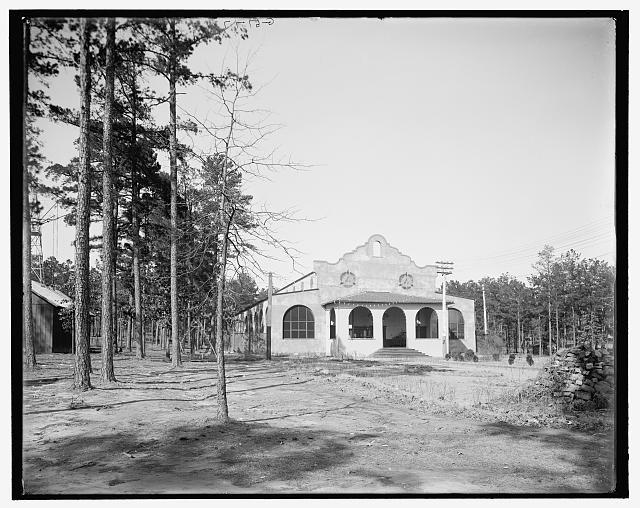 Forest Park Theatre